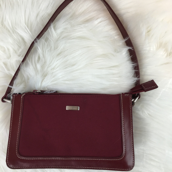 Nine West Handbags - Nine West small red purse